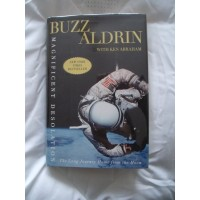 Buzz Aldrin Signed Book (Magnificent Desolation)