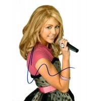 Miley Cyrus autograph 2 (Hannah Montana)