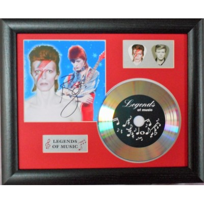 David Bowie Gold Vinyl and Plectrum Display (Preprint) - 2