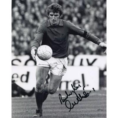 Alex Stepney autograph (Manchester United)